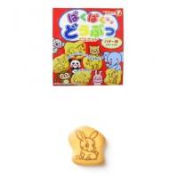 宝制果动物饼干